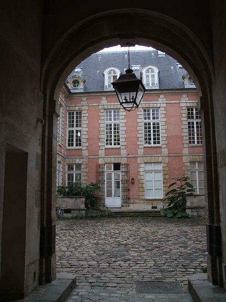 MARIE-LAURE CHAMOREL アトリエ訪問(パリ便り4)_c0176078_1442054.jpg