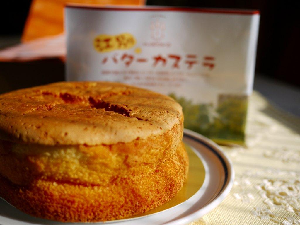 バターカステラと栗あんのパン_f0138096_1131115.jpg