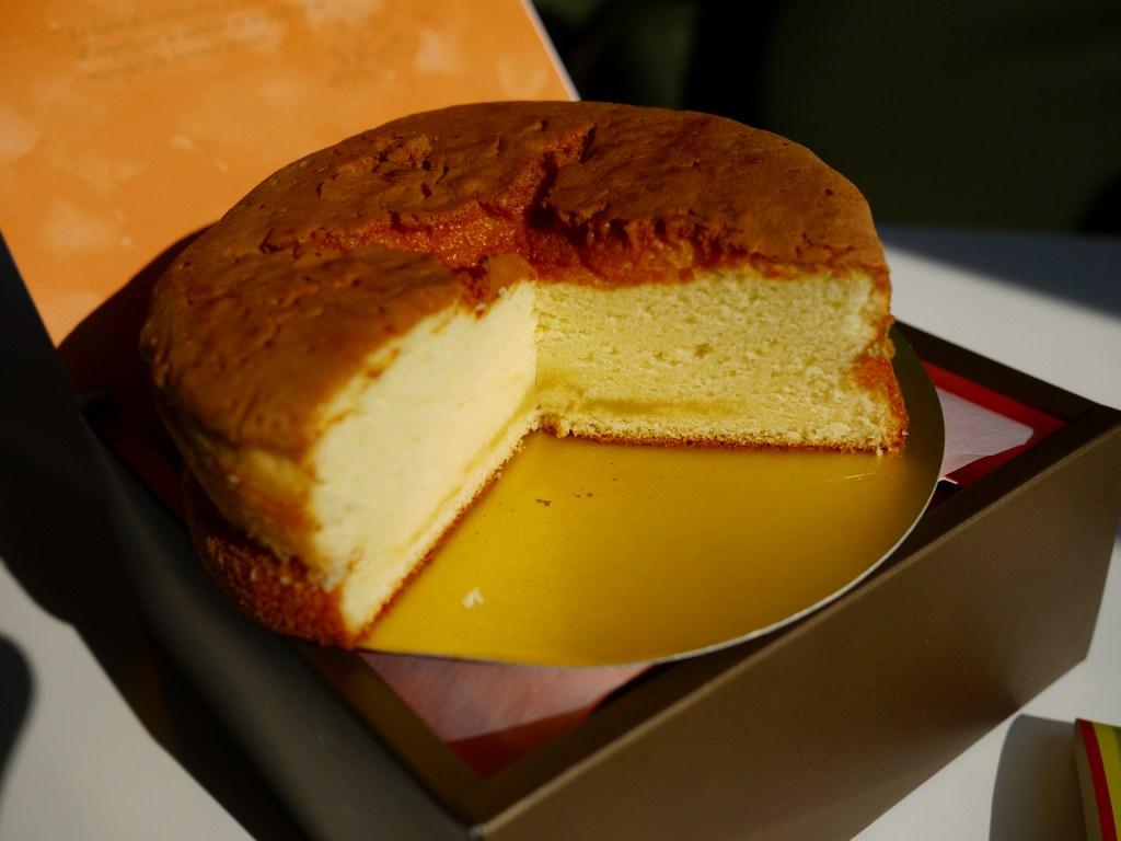 バターカステラと栗あんのパン_f0138096_11313929.jpg