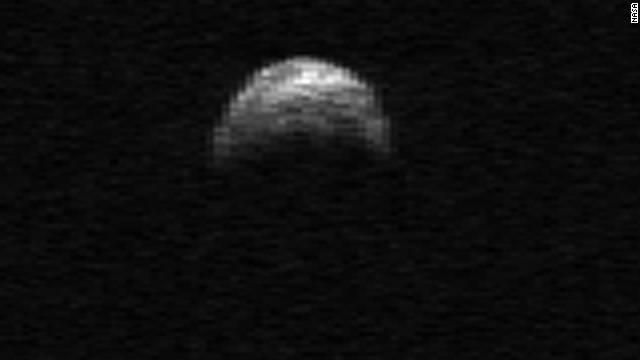 今度は小惑星「YU55」がやって来る!:11月8日に地球と月の間を通過か?_e0171614_207358.jpg