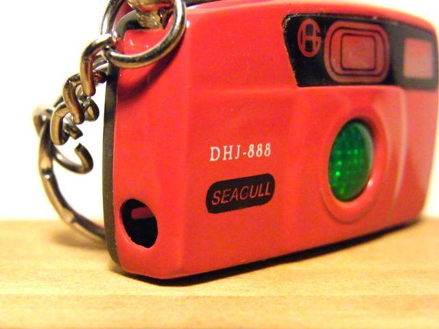 真っ赤な赤い赤いカメラライター_a0136725_1232088.jpg