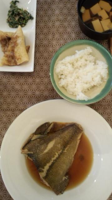 ごはん。煮魚〜_e0114246_046863.jpg