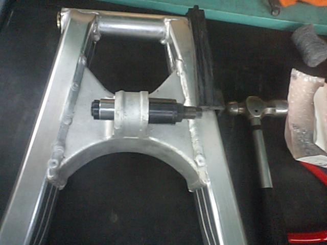 MC18車体整備!!_e0114857_22205327.jpg