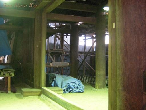 文化財建造物の保存修理 東寺(東大門)  2011年_a0164068_2392671.jpg