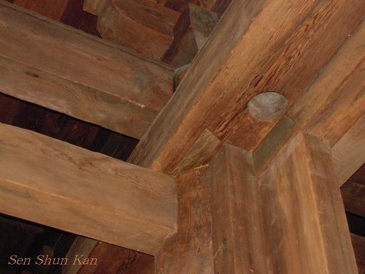 文化財建造物の保存修理 東寺(東大門)  2011年_a0164068_2394769.jpg