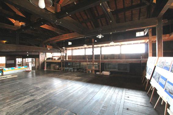 バイオクライマティック建築シンポ・札幌小樽 7:祝津茨木家中出張番屋 1_e0054299_1863737.jpg