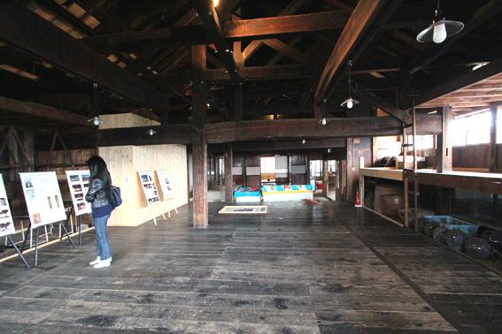バイオクライマティック建築シンポ・札幌小樽 7:祝津茨木家中出張番屋 1_e0054299_1865671.jpg