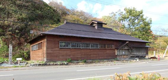 バイオクライマティック建築シンポ・札幌小樽 7:祝津茨木家中出張番屋 1_e0054299_9102976.jpg