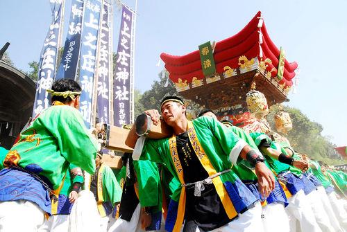上荘神社の祭り18_c0136419_1913745.jpg