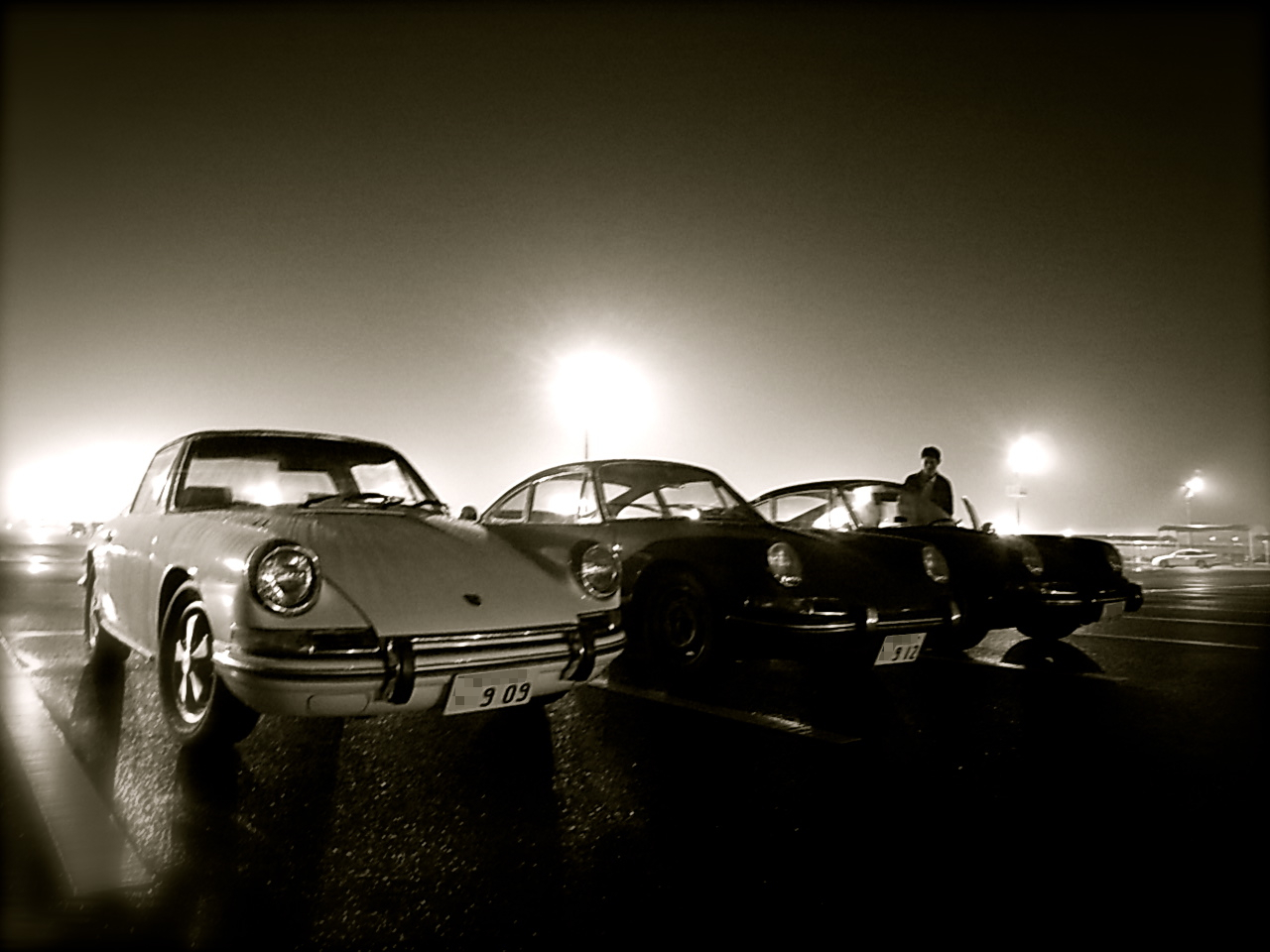 "予告編!""the three musketeers\"" of narrow porsche! _f0057849_19373897.jpg"