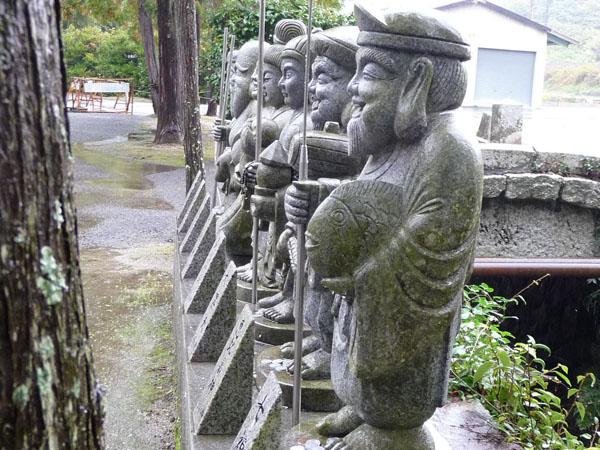 静かな雨の紅葉、宝福寺。_e0173183_23424134.jpg