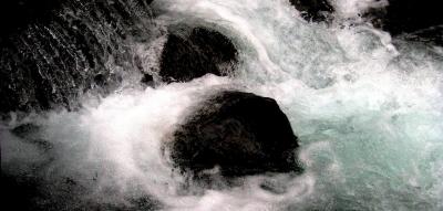 八ヶ岳山麓のパワースポット(とっておきの場所)_e0010418_8483344.jpg