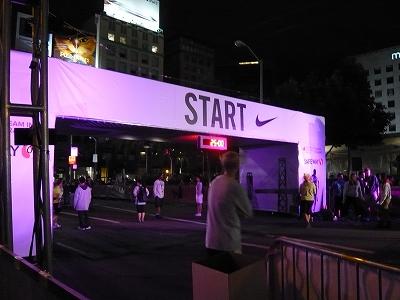 NWM2011 ナイキ ウィメンズ マラソン2011 その2(Start-7km)_d0113725_22435183.jpg
