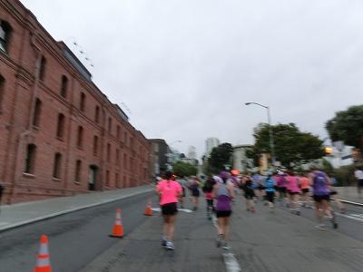 NWM2011 ナイキ ウィメンズ マラソン2011 その2(Start-7km)_d0113725_23532873.jpg