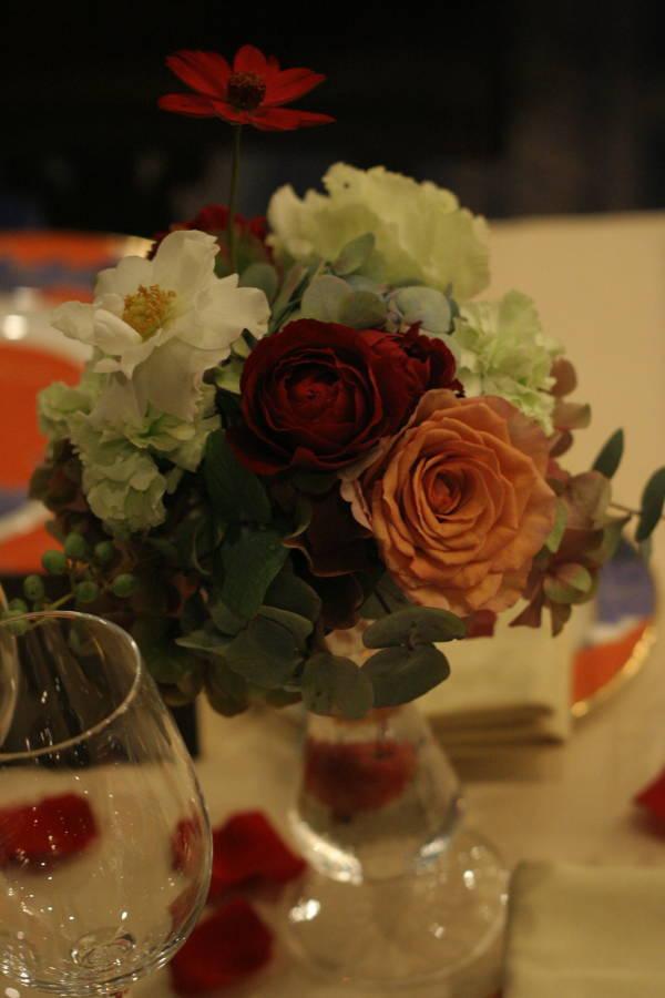 シェ松尾青山サロン様の装花 紅葉と、赤でかわいく_a0042928_18574330.jpg