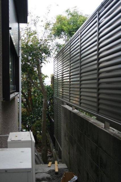 エクステリアの改修が終わりました(横浜市青葉区)_e0207151_19343340.jpg