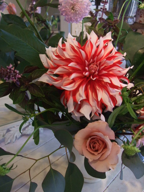 オークリーフ花の教室(加田さんの作品)_f0049672_16292352.jpg