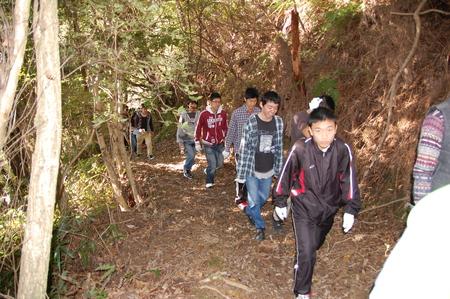 岬高校第1学年植樹サポート in 孝子の森_c0108460_18121319.jpg