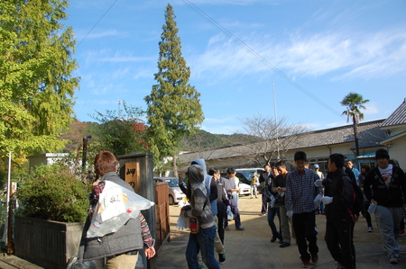 岬高校第1学年植樹サポート in 孝子の森_c0108460_1893082.jpg