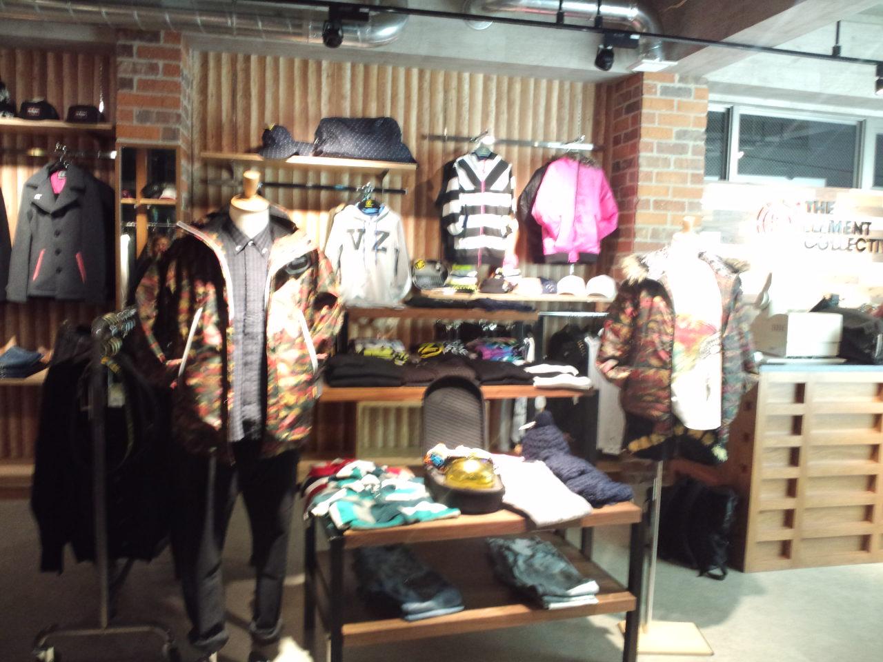 渋谷キャットストリートにvonzipper store open_c0151965_2222193.jpg