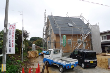 遠賀郡芦屋町にてさんかく屋根の家・緑の柱!構造見学会_b0112371_1113911.jpg