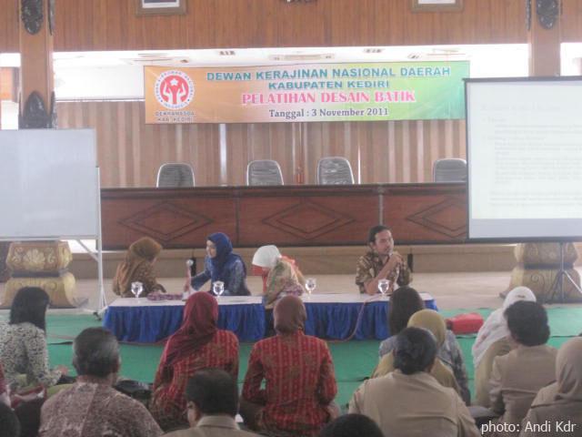 バテックの講演会 in クディリ ジャワティムール(kediri Jawa Timur ...