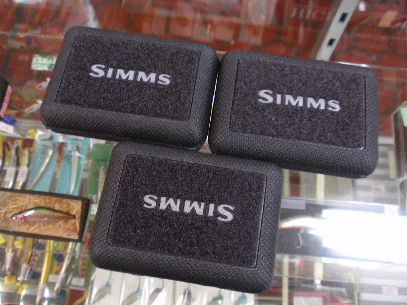 ・SIMMS_a0165135_20394512.jpg