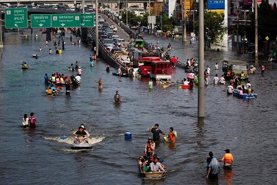 なぜタイの洪水は起こるのか?_e0088956_1654748.jpg