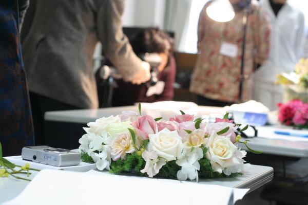 12月17日自分の花を自分で撮ろう会なんかいめだっけクリスマスリース編@恵比寿_a0042928_2231022.jpg