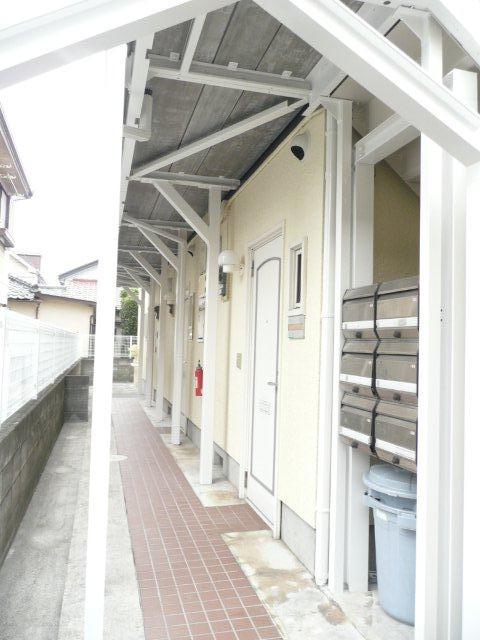アパートの塗り替えが終了しました(東京都杉並区)_e0207151_1817423.jpg