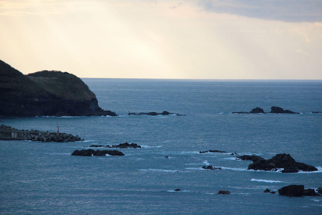 日本海・・・波・時々ナブラ_e0150433_1810102.jpg
