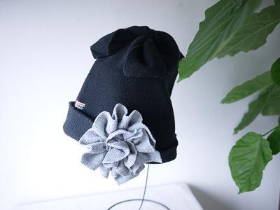 古フリースde帽子&コサージュ。_b0125443_16544242.jpg