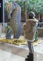 今年も缶詰アートのカンストラクション開催中 Canstruction_b0007805_12314492.jpg