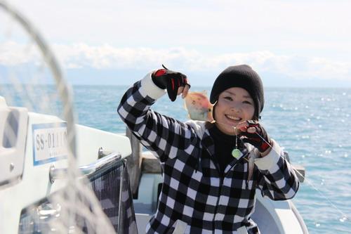 釣りガール理恵ちゃんカワハギ2枚ゲット_f0175450_19454468.jpg