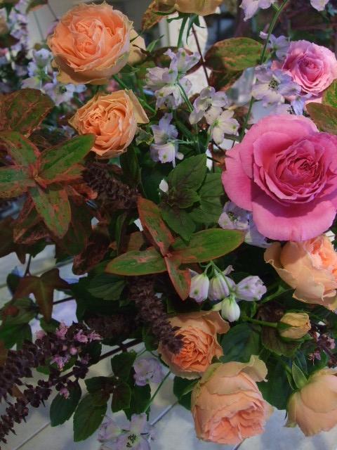 オークリーフ花の教室(山田さんの作品)_f0049672_13544325.jpg