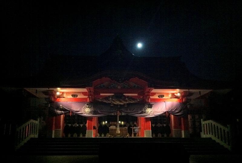 月明かりの中 樽前神社に願掛けに 早朝5時前 _a0160581_651547.jpg