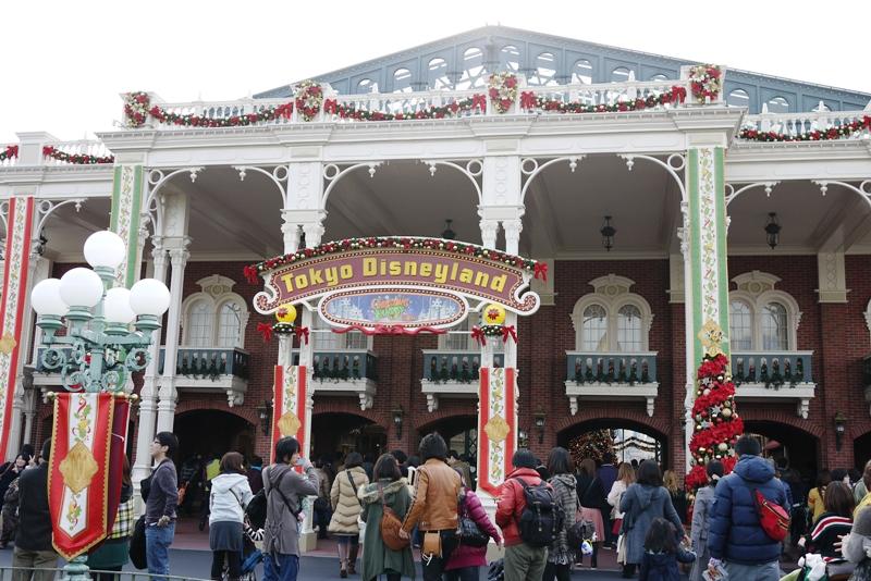 Tokyo Disneyland ~サンタヴィレッジ・パレード~_a0127090_1213141.jpg