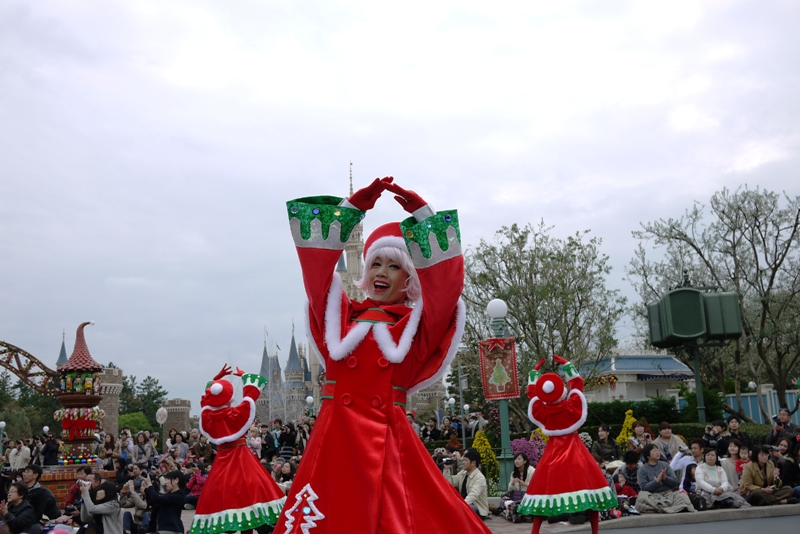 Tokyo Disneyland ~サンタヴィレッジ・パレード~_a0127090_121759100.jpg