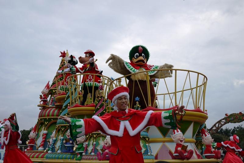 Tokyo Disneyland ~サンタヴィレッジ・パレード~_a0127090_1218549.jpg