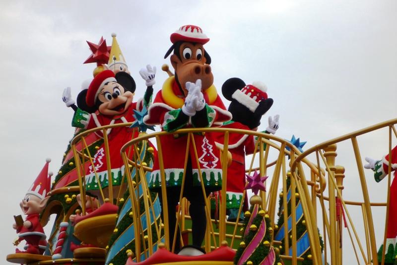Tokyo Disneyland ~サンタヴィレッジ・パレード~_a0127090_12213386.jpg