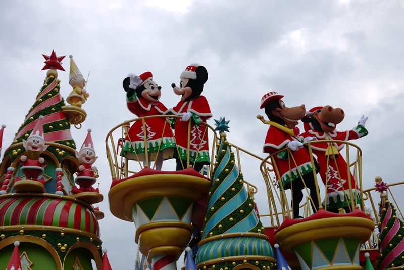 Tokyo Disneyland ~サンタヴィレッジ・パレード~_a0127090_1231353.jpg