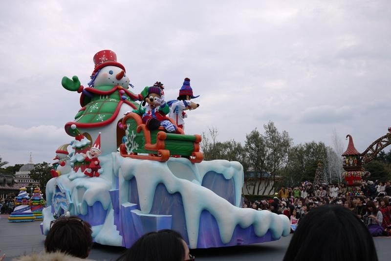 Tokyo Disneyland ~サンタヴィレッジ・パレード~_a0127090_12333980.jpg