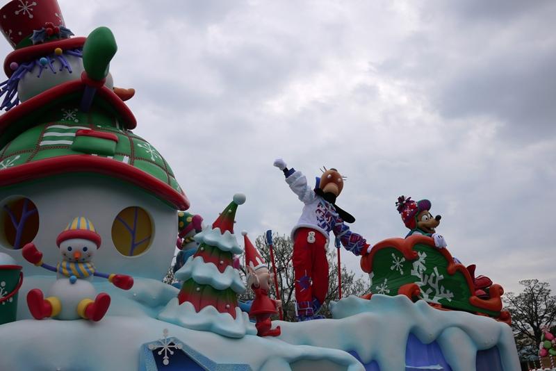 Tokyo Disneyland ~サンタヴィレッジ・パレード~_a0127090_12334414.jpg
