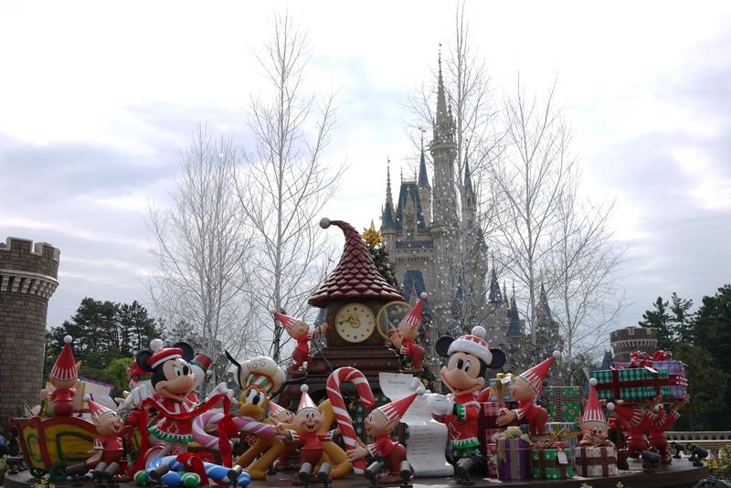 Tokyo Disneyland ~サンタヴィレッジ・パレード~_a0127090_1283972.jpg