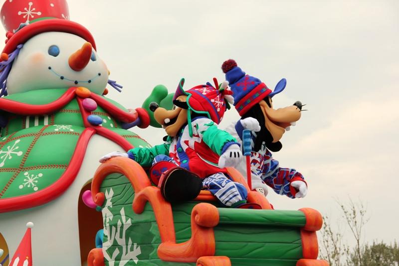 Tokyo Disneyland ~サンタヴィレッジ・パレード~ ※オット撮影編_a0127090_13165784.jpg