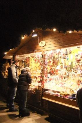 クリスマスマーケット スタート_d0069964_6101420.jpg
