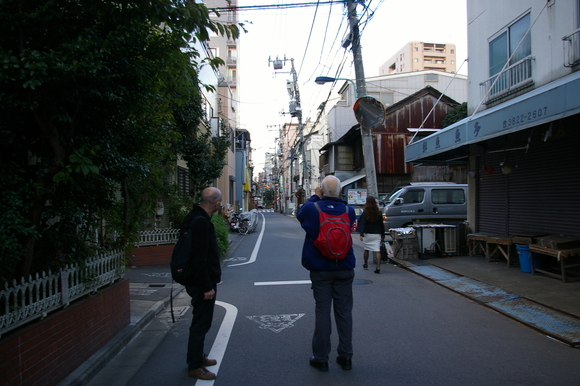 根津・谷中散策/ Walking around Nezu & Yanaka_a0186568_952971.jpg