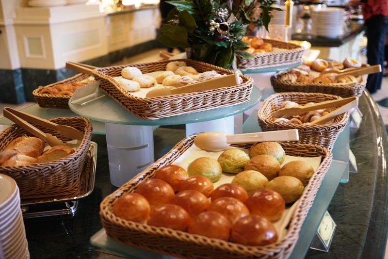 TOKYO DISNEYLAND HOTEL ~Sherwood Garden~_a0127090_10174872.jpg