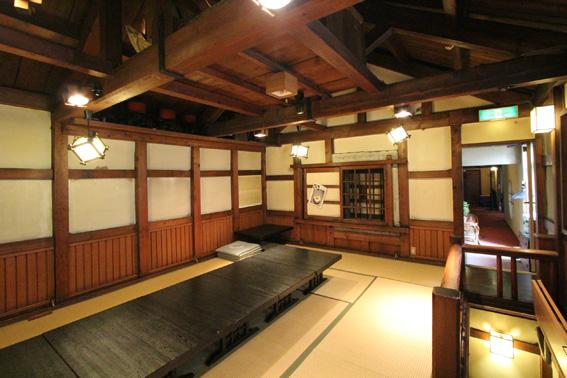 バイオクライマティック建築シンポ・札幌小樽14:小樽公園通教会_e0054299_10562627.jpg