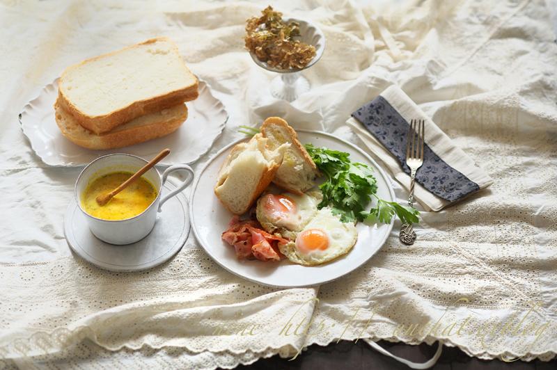 お昼ごパン_c0154732_19431331.jpg